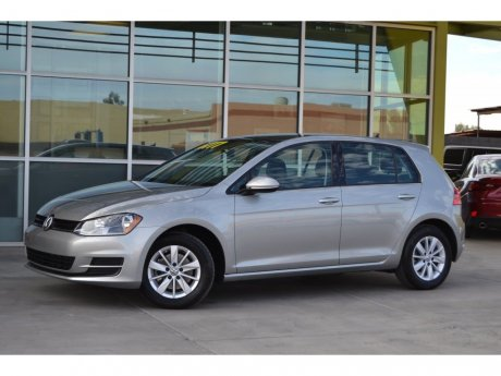 2015 Volkswagen Golf TSI S w/Sunroof