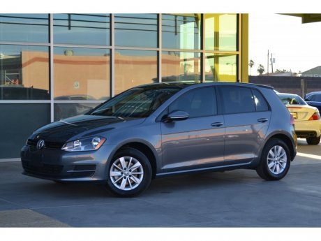 2016 Volkswagen Golf TSI S w/Sunroof