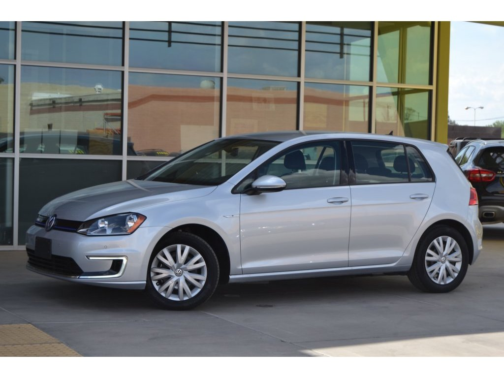 2015 Volkswagen e-Golf Limited Edition (909909) Main Image