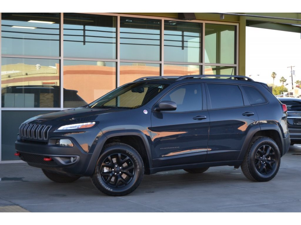 2016 Jeep Cherokee Trailhawk (317846) Main Image