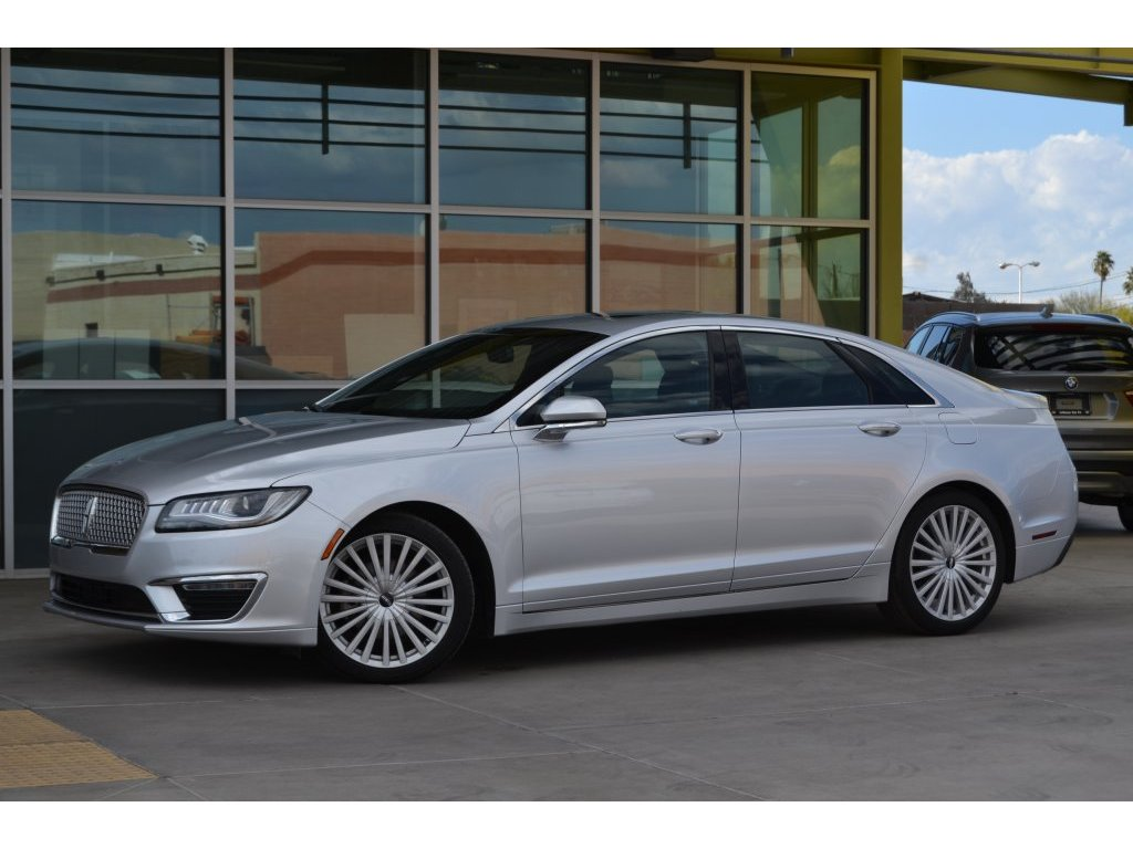 2017 Lincoln MKZ Hybrid Reserve (634022) Main Image