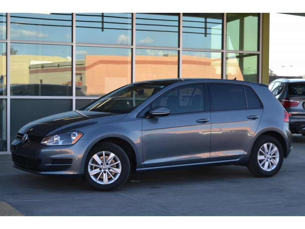 2016 Volkswagen Golf TSI S w/Sunroof (019853) Main Image