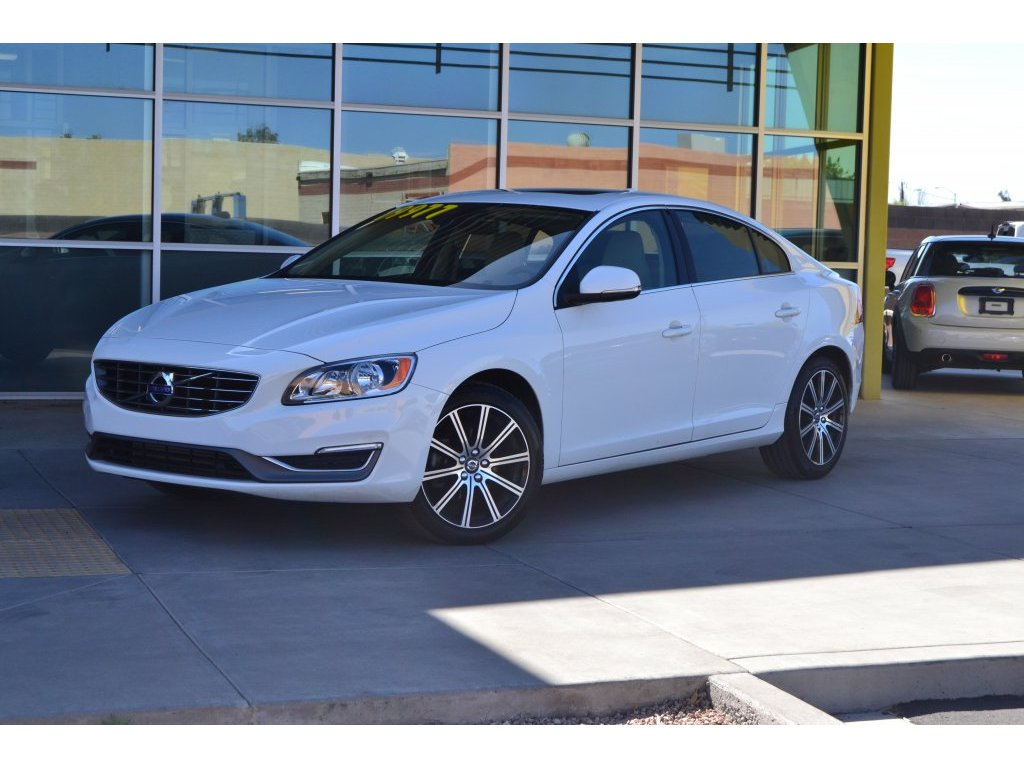 2017 Volvo S60 Inscription (146893) Main Image