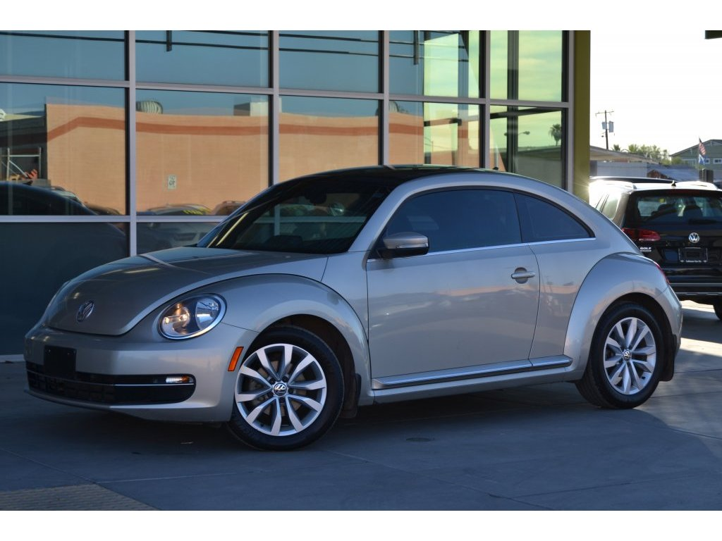 2013 Volkswagen Beetle Coupe 2.0L TDI w/Sun/Sound/Nav (611774) Main Image