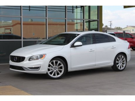 2018 Volvo S60 Inscription Platinum